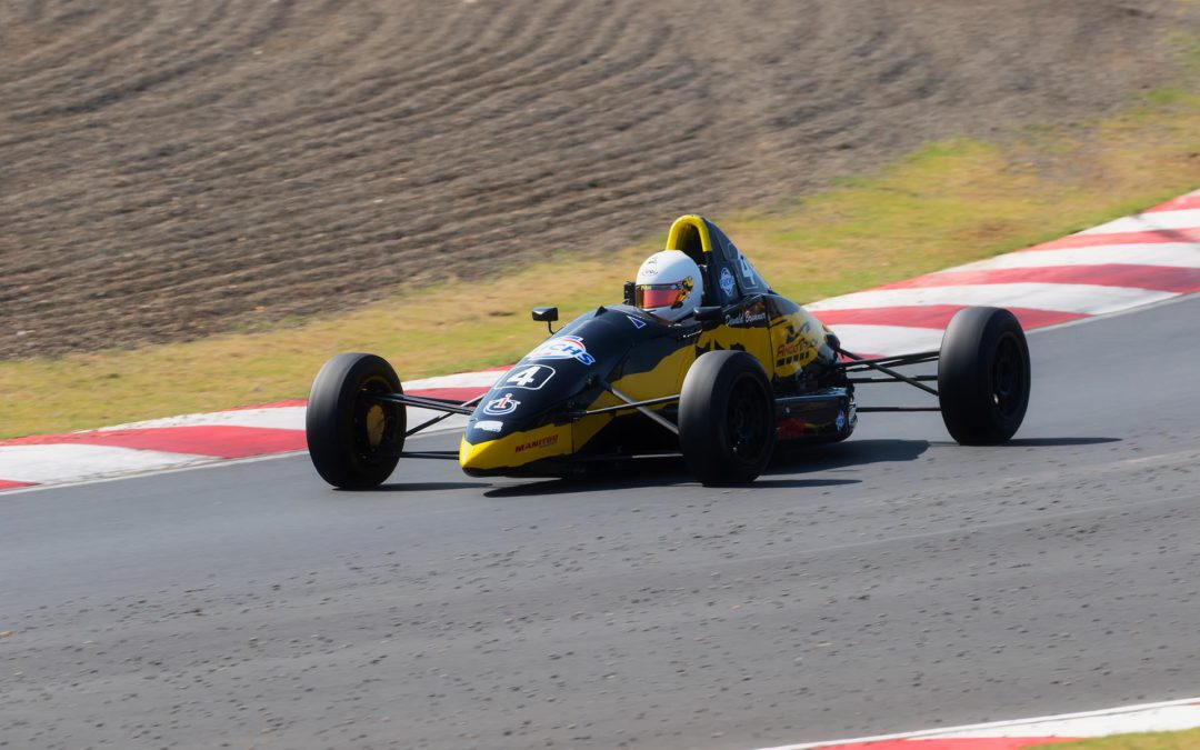 Final round decider waits for Investchem Formula Ford championship