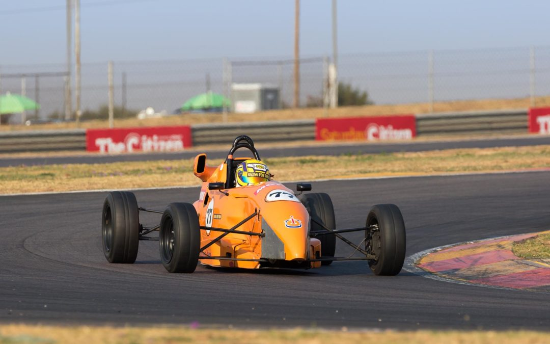 Huge field of Kents heads to Kyalami