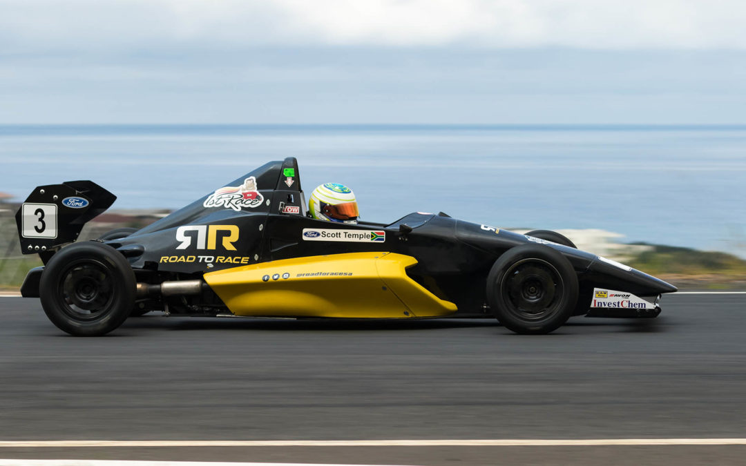 Four-driver F1600 spat heads for Zwartkops