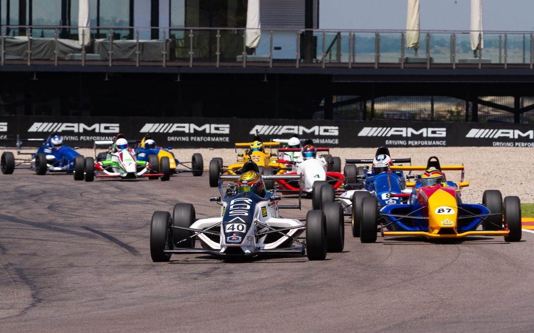 Crazy Formula 1600 stuns Zwartkops